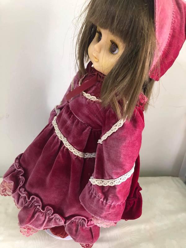 お人形にドレス